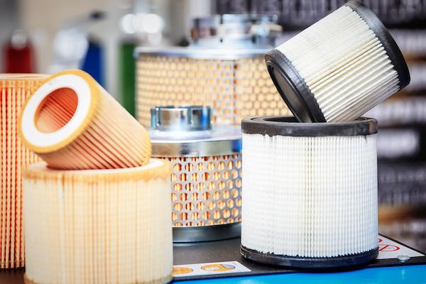 Hotmelt filtration and composite